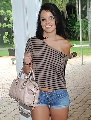 Girls Shorts Porn Pictures