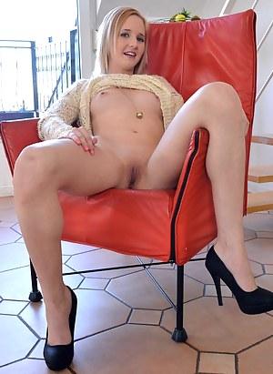 British Girls Porn Pictures