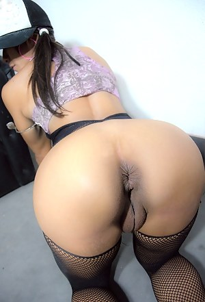 Girls Pussy from Behind Porn Pictures