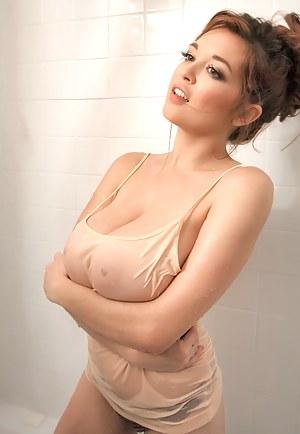Busty Girls Porn Pictures
