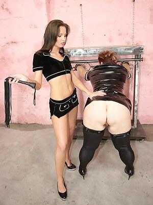 Girls BDSM Porn Pictures
